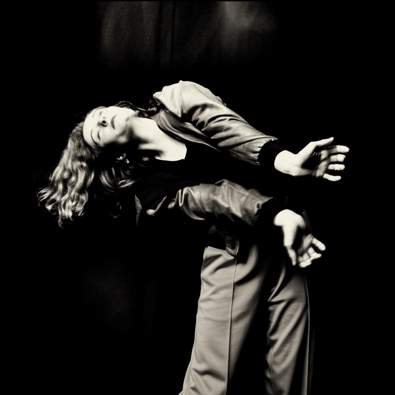 eva docent bij dansschool dance floor